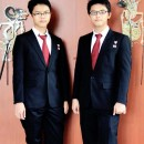 Revaldi dan Revian Nathanael Wirabuana (World Schools Debating Championship 2012 in Cape Town South Africa.jpg